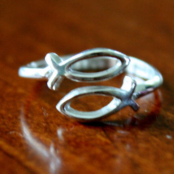 Christian Fish Symbol Ring, Jesus Ichthus Fish Ring, Religious Jewelry Gift, Sterling Silver (Adjustable Ring Size)