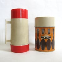 20% OFF SALE set of 2 Retro THERMOS and Aladdin containers for Your Lunch Box / coffee mugs or soup carriers