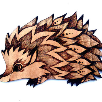 Hedgehog Wood Wall Hanging, Pyrography, Wood burning, hedgehog gift, hedgehog decor, hedgehog art, woodland decor, kids,hedgehog accessories