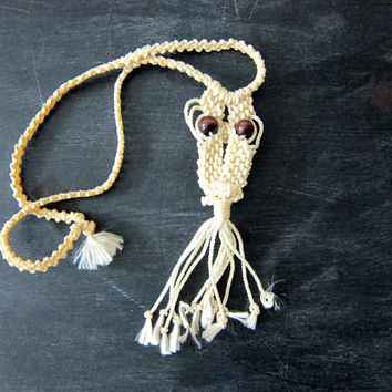 White Macrame OWL Necklace Boho Hippie Jewelry Hipster Bird Necklace Yarn Wooden Bead Eyes Women's Accesory Dell's