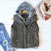 Forest Smoke Hooded Vest in Olive
