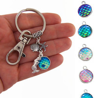 Mermaid party favors, custom party favor, Mermaid keychain, mermaid scale key chain, beach party gifts, mermaid backpack clip, purse clip
