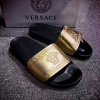 Versace: Medusa head men and women slippers