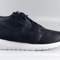 Nike Men's Roshe Run NM Premium Sneaker Boot Black White