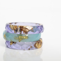 size 8 thin multifaceted eco resin ring | amethyst purple resin with gold leaf flakes