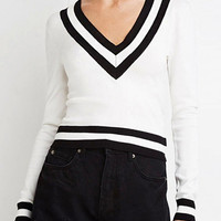 White Stripe V-neck Jumper