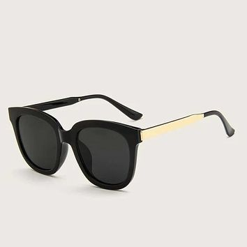 Fashion Casual Men Plain Frame Flat Lens Sunglasses