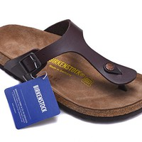 Men's and Women's BIRKENSTOCK sandals  Gizeh Birko-Flor Patent 632632288-036