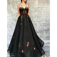 Black Multi-strap Prom Dress Organza Embroidery Cocktail Evening Dresses