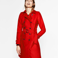 WATER RESISTANT TRENCH COAT DETAILS