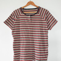 STRIPED HENLEY TEE // size womens x large // 90s // t shirt // faded // minimal // red // outdoors // top // stripes // boxy // vtg vintage!