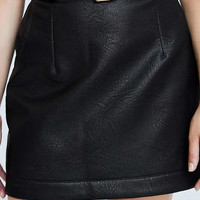 Silence + Noise Belted Vegan Leather Mini Skirt - Urban Outfitters