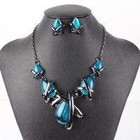 Gunmetal Plated Cross Chained Teardrop Necklace and Earrings