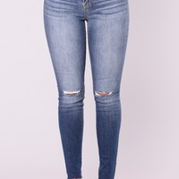 Faces Past Jeans - Medium Light Wash