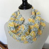 Chunky cowl hand crochet in golden yellow and mint green, scalloped infinity scarf #477, Ready to ship
