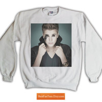 "Justin ""Gaga"" Bieber Sweatshirt Lady Gaga Twitter Feud with Justin Bieber - Exclusive 1 of 300 - Free Shipping to USA - 562.055.White"