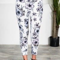 Athletic Sports Capris | Ivory Floral