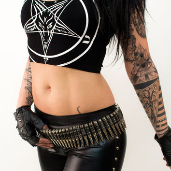 Studded Pentagram Crop Top - Shirt T-shirt Alchemy Occultshirt Witch Witchshirt Gothicshirt Deathrock Magic Wizard Voodoo sexy stylisch