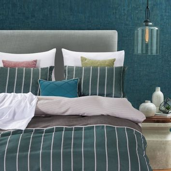Dreamstate® Pin-Me Green 3-Piece Duvet Cover Set