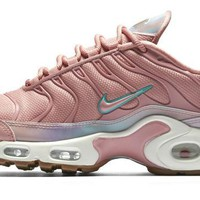 QIYIF Women's Nike Air Max Plus SE (Red Stardust)
