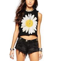 Black Daisy Print Sleeveless Cropped Tank