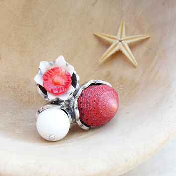 Strawberry Sundae Ring Coral and Shell Trio Ring by StaroftheEast