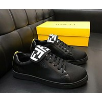Fendi 2019 new men's tide brand double F flip casual low cut sports shoes black