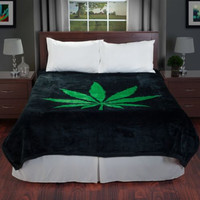 Cozy Weed Pot Leaf Blanket + Free Socks