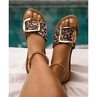 2020 new women's flat bottom square buckle sandals slippers