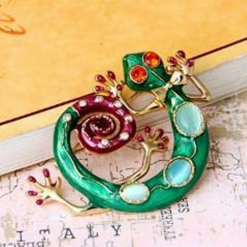 Gecko Brooch Green Enamel and Crystal Sweater Pin for Women
