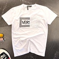 Versace 2019 new stitching embroidered letters men and women round neck half sleeve t-shirt white