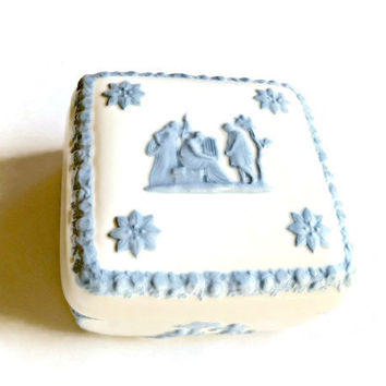 On Sale Vintage Wedgwood Box, Embossed Queensware, White Wedgwood Box, Wedgwood Queensware Harpist and Cherubs, White Blue Porcelain Box,