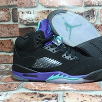 Air Jordan 5 Retro AJ5 Black Grape 440892-007 Size US 5.5-12