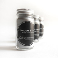 Charcoal & Clay - Face Mask with Papaya Extract