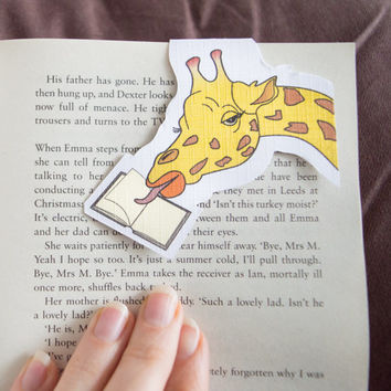 Magnetic bookmark of Gigi the Giraffe! Book accessories, Childrens art, School supplies, Book gift, Animal collectibles, BOOK FARM ANIMALS