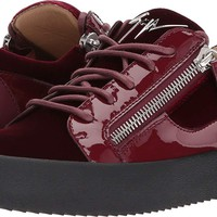Giuseppe Zanotti Mens May London Low Top Velvet Sneaker
