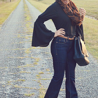 Easy To Be Me Blouse: Black