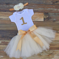 Baby girl 1st birthday outfit. Girls gold birthday outfit. First Birthday tutu. Girls birthday tutu. Baby girl birthday tutu