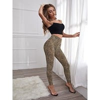 Contrast Binding Cami Top & Leopard Print Leggings