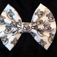 Harry Potter Inspired Hogwarts Crest Fabric Hair Bow Medium Sized, Hufflepuff Slytherin Gryffindor and Ravenclaw