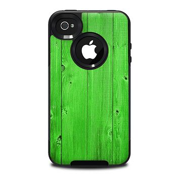 The Green Highlighted Wooden Planks Skin for the iPhone 4-4s OtterBox Commuter Case