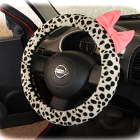 by (CoverWheel) Steering wheel cover for wheel car accessories Fur leopard with pink bow wheel cover