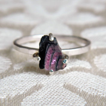 Pink Tourmaline Crystal Slice Ring - Pink Stone Ring - Raw Crystal Ring - Delicate Crystal Ring - Boho Promise Ring - Gift for Girlfriend