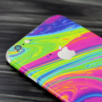 The Neon Color Fusion V3 Skin for the Apple iPhone 6 or 6 Plus