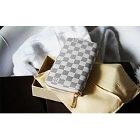 LV Tide brand classic female multi-function small card package long zipper wallet white check