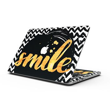 Smile Sketch on Foil - MacBook Pro with Retina Display Full-Coverage Skin Kit
