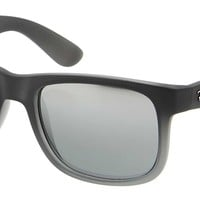 Sunglasses Ray-Ban RB4165 JUSTIN 852/88 RUBBER GREY/grey TRANSP