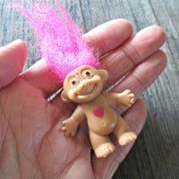 Troll Brooch, Troll with Neon Pink Hair, 90's kitch, 1990's jewelry, Troll with Heart Pin, Cute Jewelry, Teen Jewelry, Kitchy Cute Jewelry