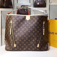 LV Louis Vuitton Fashion casual wild print large capacity handbag shoulder Messenger bag