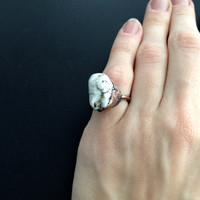 White Howlite Ring - Statement Ring - Unique Ring - Copper Ring - Semiprecious Stone Ring - SIZE 4.5